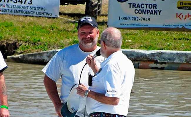Dan Greenling before giving speech at the Budweiser Cup Swampbuggy Racing Championship