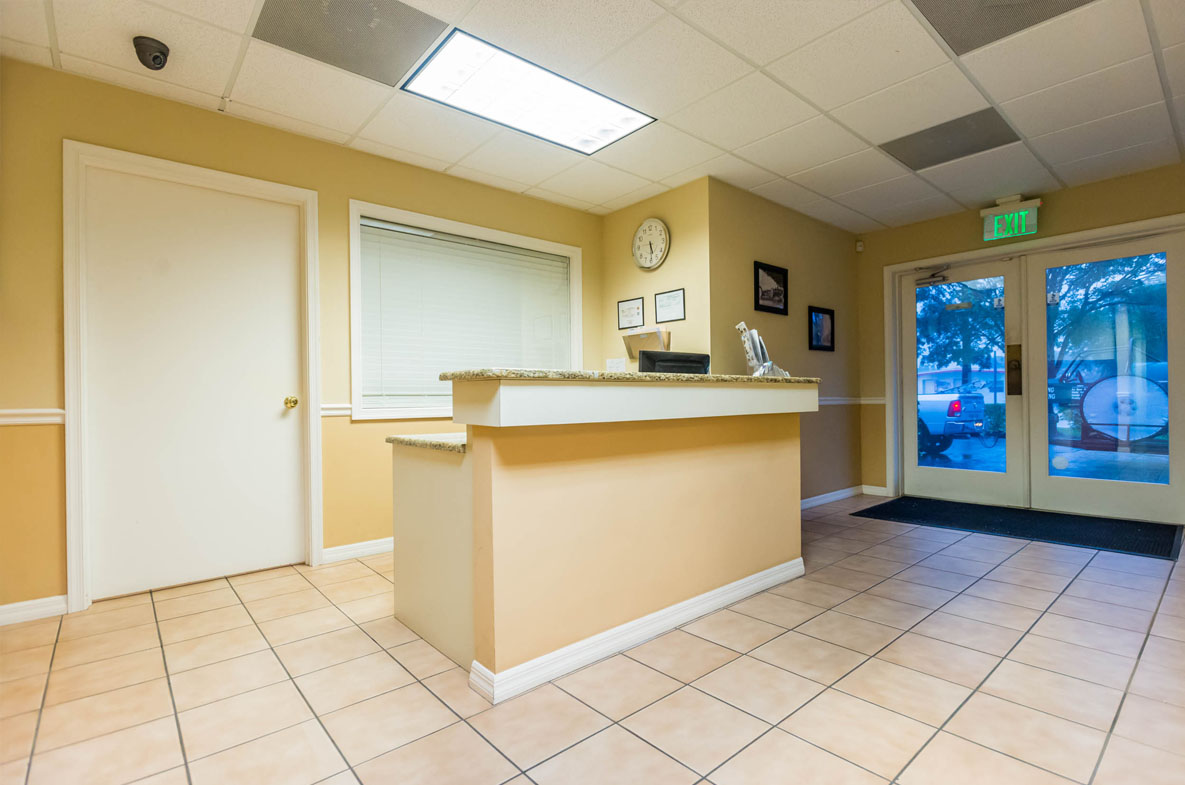 Front Reception area of Greenling Roofing's Naples Roofing Showroom located at 1954 J & C Blvd. Naples, FL 34109 | Naples Roofing Contractors
